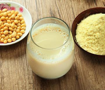 牛奶会更好?豆奶营养并不输牛奶